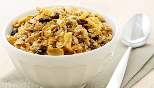 10 Популярних продуктів, які не можна їсти на сніданок