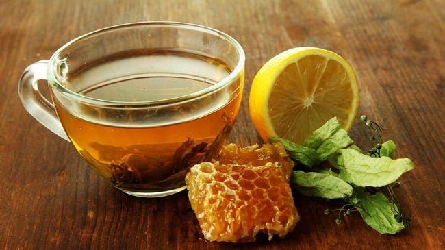 Зелений чай з лимоном і медом