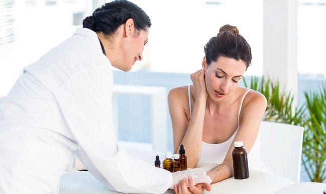 Алерголог - лікар, який займається профілактикою, діагностикою та лікуванням алергічних реакцій