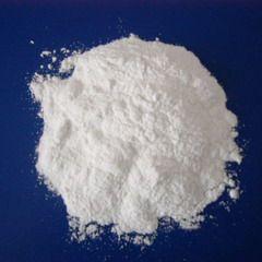 Хлорид олова є білим порошком