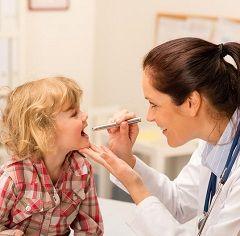 Специфічного лікування інфекційного мононуклеозу не існує