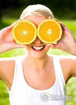 Калорійність апельсинового соку - близько 55 ккал на 100 г