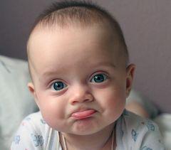 Годування дитини грудьми: за і проти