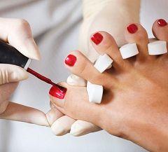 Догляд за нігтями ніг - педикюр