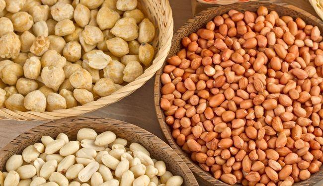 Горіхи і насіння