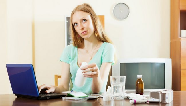 Плюси і мінуси покупок в інтернет-аптеках
