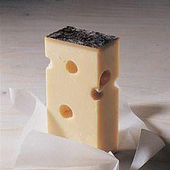 Силікат калія застосовують виробники твердих сирів
