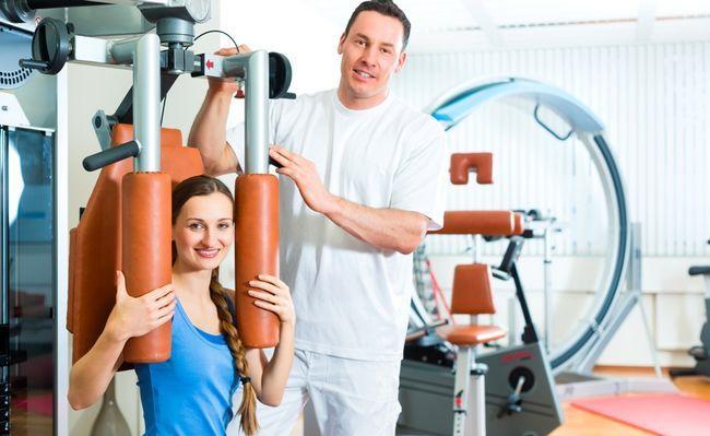 Спортивний лікар - кваліфікований фахівець, який відповідає за підготовку спортсменів до змагань