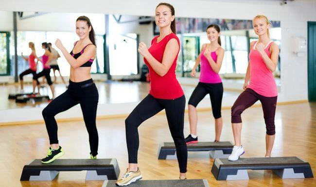 Степ аеробіка - ритмічні вправи на всі м`язи тіла, що виконуються на спеціальній платформі