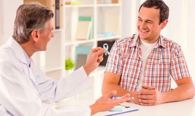 Венеролог - лікар, що займається діагностикою, лікуванням і профілактикою захворювань, що передаються статевим шляхом