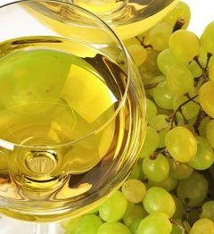 У природному вигляді винна кислота зустрічається у винограді